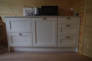 thumb hare kitchen - Glamping North East