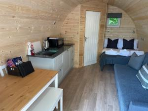 thumb squirrel lodge internal view - Glamping North East